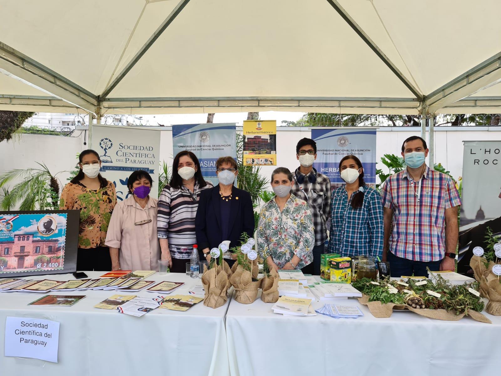 Participación del Dpto. de Botánica en la Feria Francesa